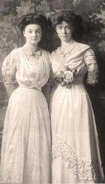 wedding photo - Time Machine .. Vintage & Antique