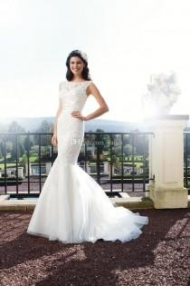 wedding photo -  Scoop Neckline V-back with Covered Buttons Court Train Mermaid Wedding Dresses with Removable Lace Straps Custom Size Made Bridal Gowns Online with $146.6/Piece on Gama's Store