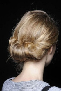 wedding photo - 5 Hopelessly Romantic New Wedding Updo Ideas (Click And Let The Swooning Begin)