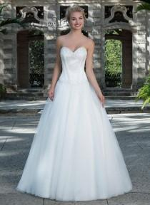 wedding photo -  Princess Ball Gown Tull Beaded Wedding Dress with Satin Sweetheart Beaded Corset Bodice Bridal Gown with Crystals And Side Draped Skirt Online with $167.54/Piece on Gama's Store