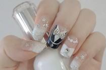 wedding photo - 20 Classy Wedding Nail Art Designs