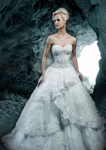 wedding photo - Ysa Makino Bridal Gown 3155