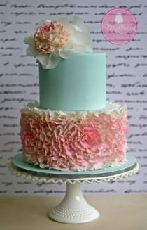 wedding photo - Fondant Rosette Ruffles Cake
