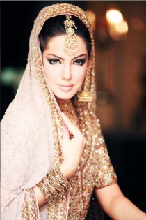 wedding photo - Exotic Clolorful Wedding Dresses/Indian/Pakistani