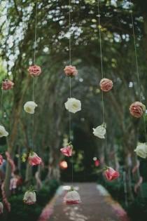 wedding photo - 11 Creative Ways To Hang Your Wedding Flowers