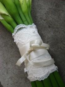 wedding photo - Beaded Lace Wedding Bouquet Wrap