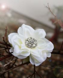 wedding photo - Bridal hair clip for Wedding, flower hair clips, bridal hair flower, fascinator