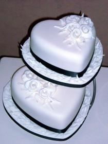 wedding photo - Fun Cakes