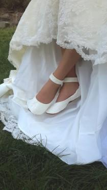wedding photo - Lace Wedding Shoes with Ankle Strap, Flat Wedding  Shoe, Lace Wedding Shoe, Lace  Bridal Flat Shoe, Bridal Flat Shoe, Ivory Bridal Flat