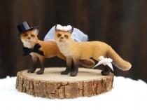 wedding photo - Fox Cake Topper Wedding Decor, Woodland Bride & Groom, Animal Lover, Winter, Unique, Whimsical, Rustic