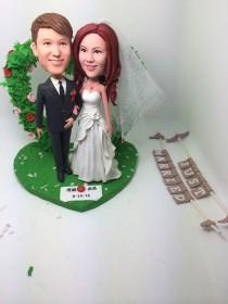 wedding photo - Rustic Unique Personalized Wedding Cake Topper Bobble Head Clay Figurines Based on Customers' Photos Bride Groom Wedding Gifts Decoration