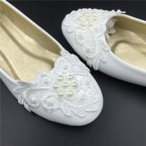 wedding photo - Ivory White Vintage Lace Wedding Shoes,Pearls Bridal Ballet Shoes,Comfortable Bridal flats,USA Size 4 5 6 7 8 9 10 11 12 Size 4~12.5