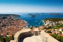 wedding photo - 5 Must-See Attractions for Your Croatia Honeymoon
