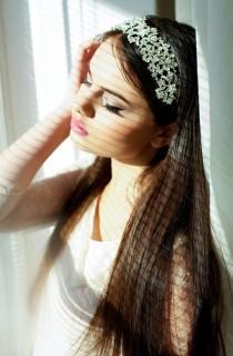 Chic White Pearl Studded Wedding Party Bridal Headpiece Headdress Hairband 130CM