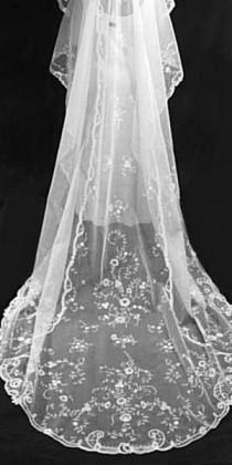 wedding photo - Beautiful 1920's Vintage Antique, French, Brussels, Princess Lace, Long Wedding Bridal Veil