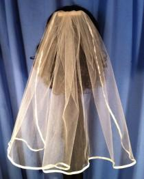 wedding photo - Single Tier Ribbon Edge Wedding or Communion Veil Hair Comb White Ivory Red Aqua Black Pink Light Purple Lavender V-Mary