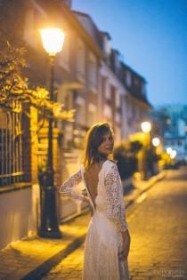 wedding photo - French lace wedding dress single model