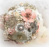 wedding photo - Brooch Bouquet, Ivory, Cream, Blush, Peach, Coral, Champagne, Bridal, Elegant Wedding, Vintage Style, Jeweled, Lace, Pearls, Crystals