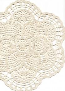 wedding photo - Crochet doily, lace doily, table decoration, crocheted place mat, center piece,doily tablecloth, weddings, napkin, cream, handmade doilies