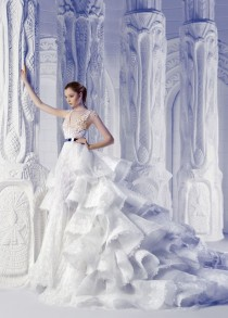 wedding photo - Michael Cinco Is Showing Us The Definition Of A Real Life Fairytale With This Downright Droolworthy Gown!