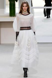 wedding photo - Last Looks: Yesterday's Runways at Chanel, Kenzo, Valentino and Ellery