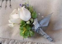 wedding photo - How To Make A Boutonniere