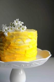 wedding photo - Lemon Ombre Cake