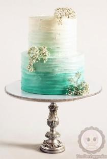 wedding photo - Ombre Buttercream Cake