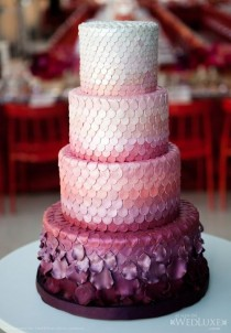 wedding photo - Ombre Petal Wedding Cake, Interesting Idea