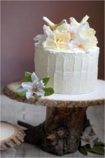 wedding photo - 40 Phenomenal DIY Wood Home Decorations