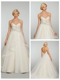 wedding photo - Tulle Strapless Sweetheart Crystal Embroidered Wedding Dress