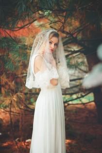 wedding photo - Wedding Veil - Elbow Length Alencon Lace Veil - Short Mantilla Veil - Salvadore