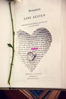 wedding photo - Book-Themed Wedding Ideas
