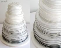 wedding photo - Grey Ombre Wedding Cake