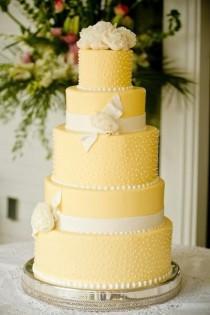 wedding photo - Yellow Wedding Cakes