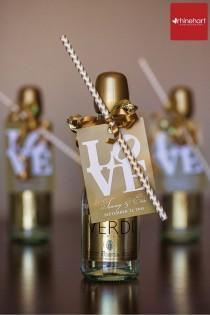 "wedding photo - ""Chevron Theme Wedding Ideas"" - Laconcha"