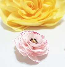wedding photo -  Crepe paper Ranunculus, Ranunculus paper flowers, Crepe paper flower, Fake flowers, Blush Ranunculus flower, handmade flowers, Paper flowers