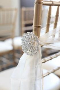 wedding photo - Aisle Marker Decor Ideas