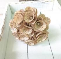 wedding photo - Book Page Bouquet -Book Bouquet -Book Flowers -Paper Roses -9 Paper Rose -Storybook Wedding(ITEM:TPG48)