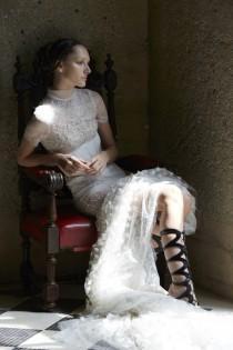 wedding photo - Vera Wang Bride Spring 2017 Collection - Polka Dot Bride
