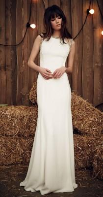 wedding photo - Celadon Green Hits The Runway At Jenny Packham's Gypsy-Inspired Spring 2017 Show