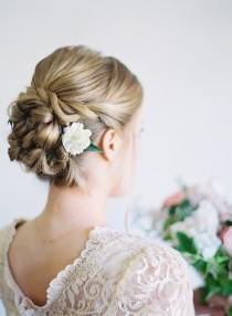 wedding photo - Stunning DIY Twisted Wedding Hair Updo - Weddingomania