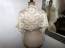 wedding photo - French antique lace mantilla veil ecru mantilla veil Victorian wedding lace shawl wrap scarf 1900s RARE elegant floral lace veil church