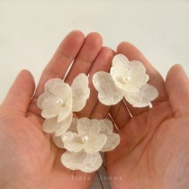 wedding photo - Freshwater Pearl Bridal Hair Flower, Lace Wedding Hair Flower, Ivory Lace Wedding Hair Pin, Lace Bridal Hairpin, Pearl Bridal Hair PIece