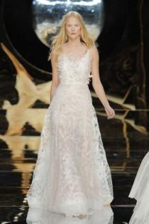 wedding photo - Barcelona Bridal Week: Yolan Cris collezione sposa 2017