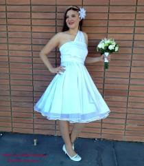 wedding photo - 1950s Rockabilly Wedding Dress with Petticoat  ... Bridesmaids, VLV, Car Show, Wedding, Date Night, Cocktail Party