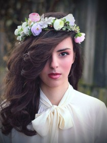 wedding photo - Magaela handmade flower Crown