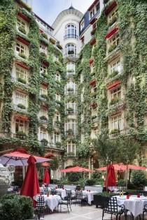 wedding photo - The Courtyard Of The Plaza Athénée, Paris