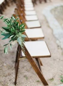 wedding photo - 8 Beautiful And Budget-Friendly Alternatives To Expensive Wedding Flowers