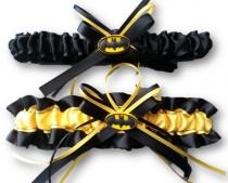 wedding photo - Batman wedding garter set yellow and black